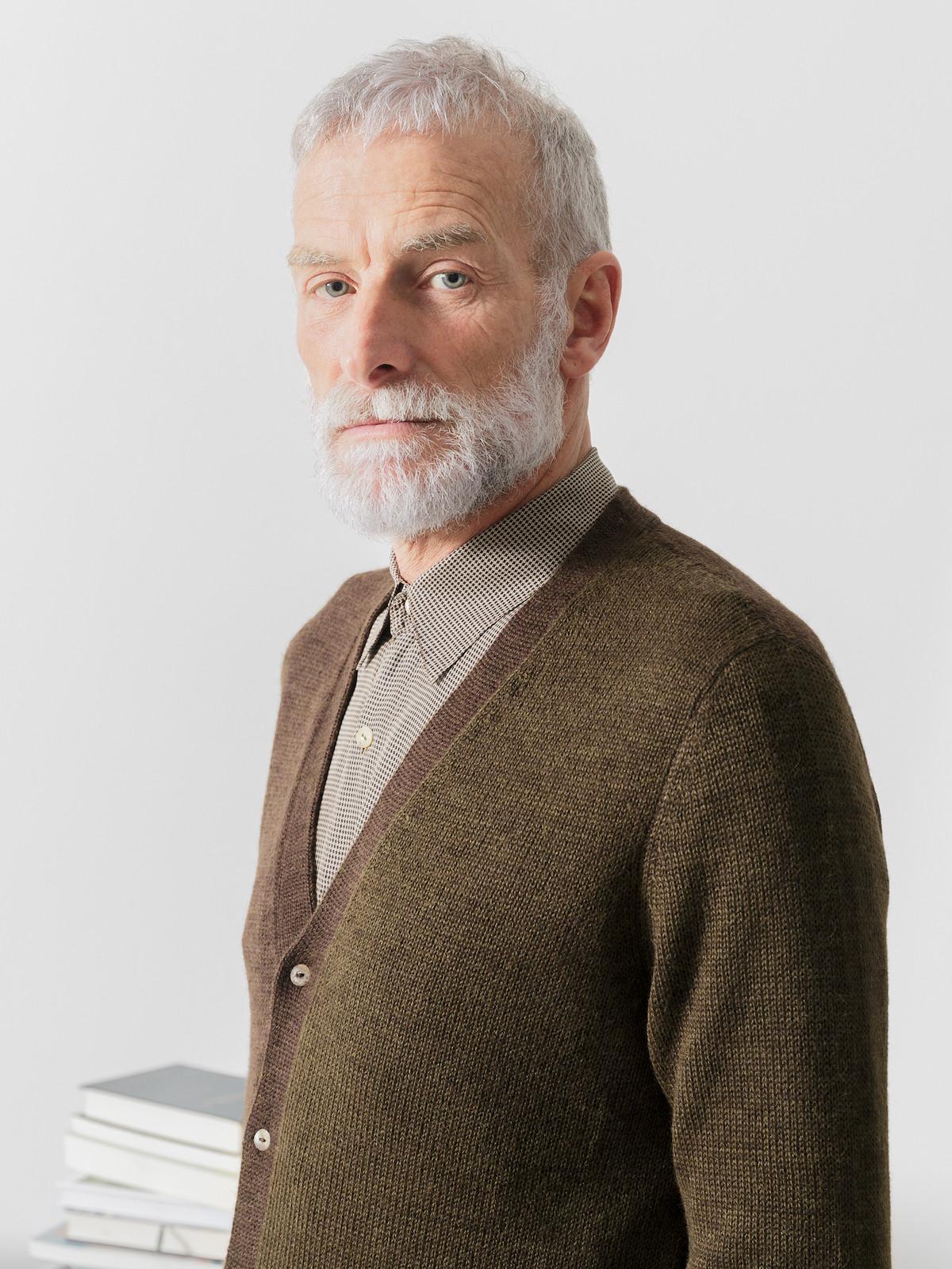 V-neck freckled cardigan