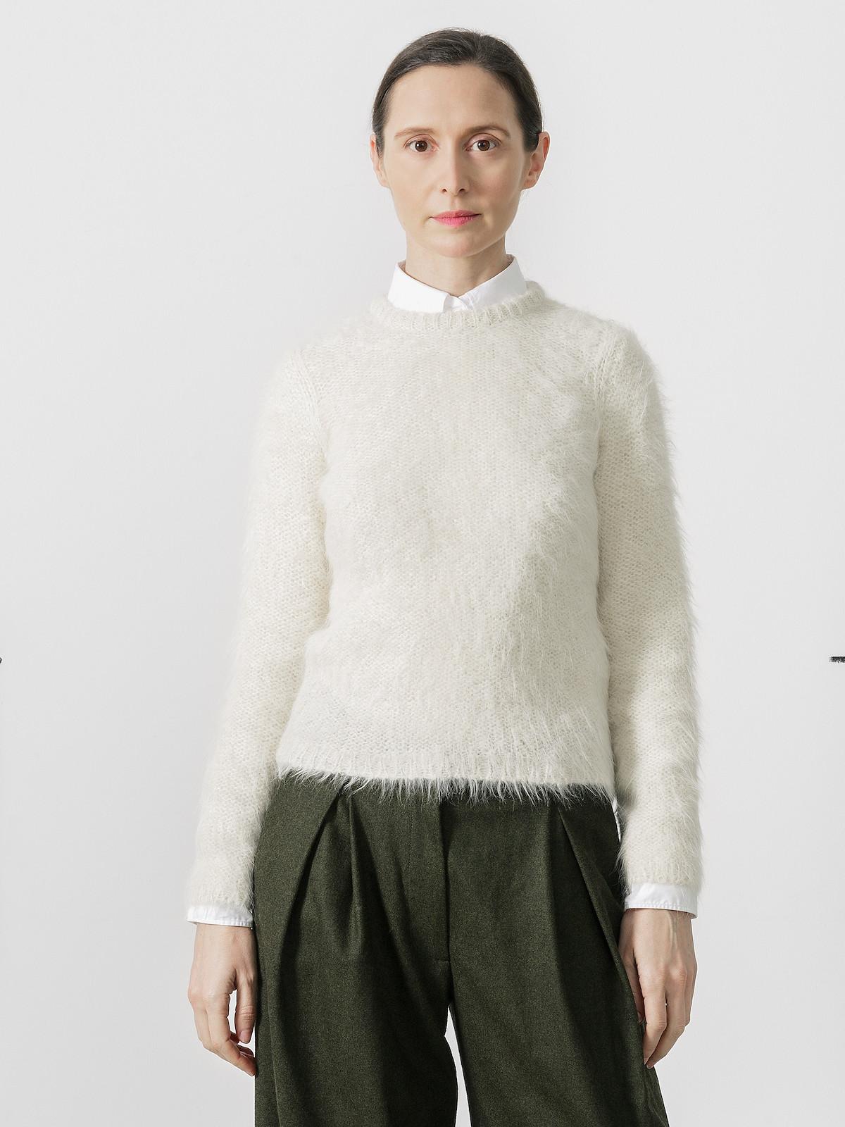 Suri sweater