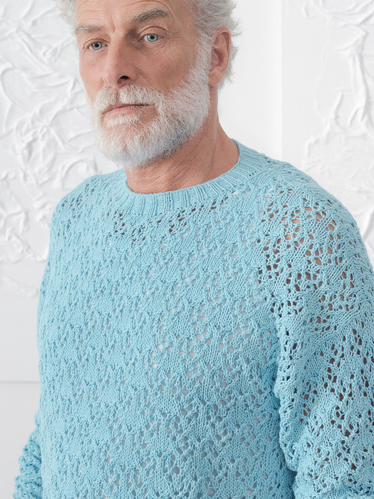 Open knit sweater Image