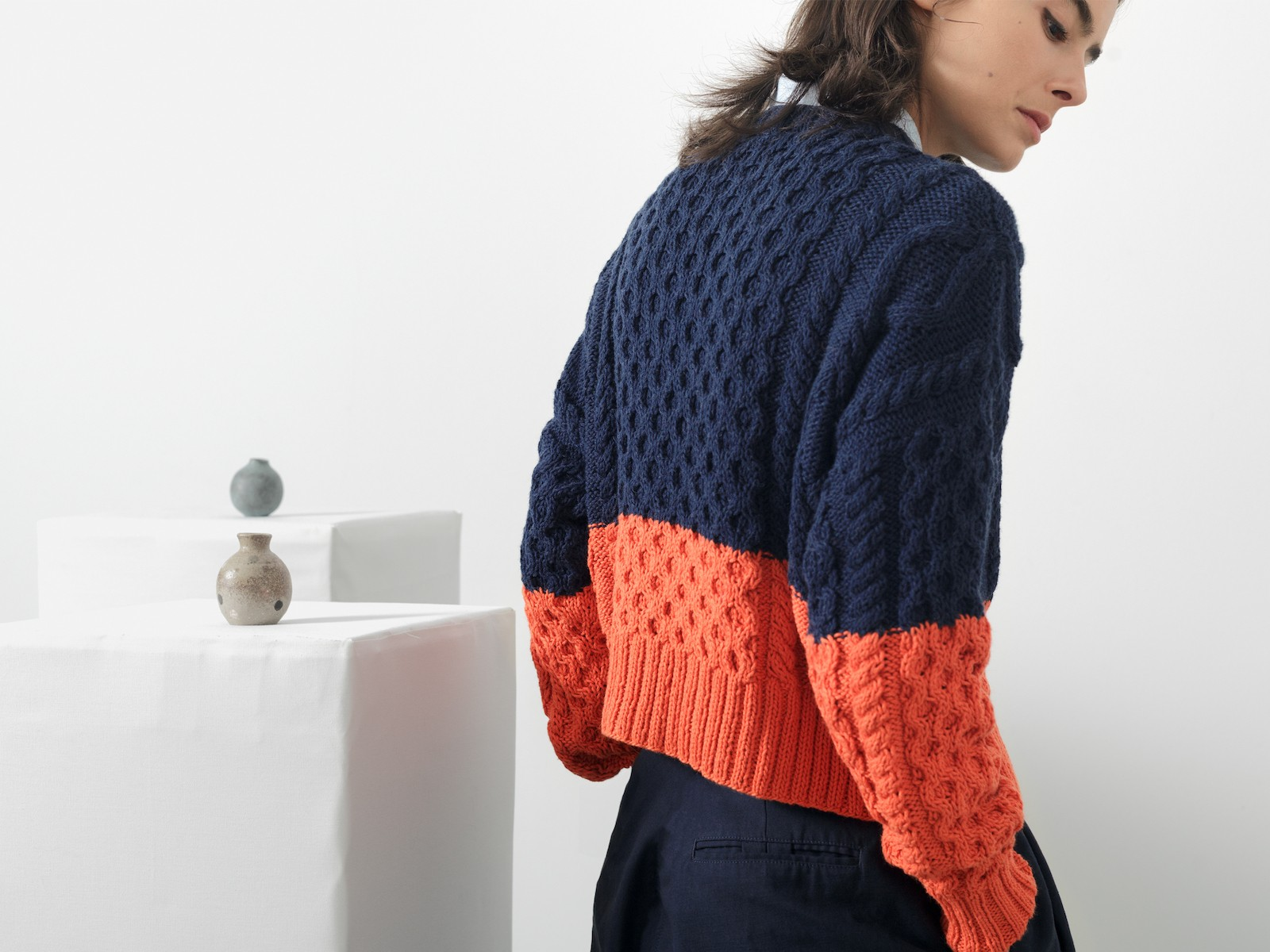 Cables cardigan Image