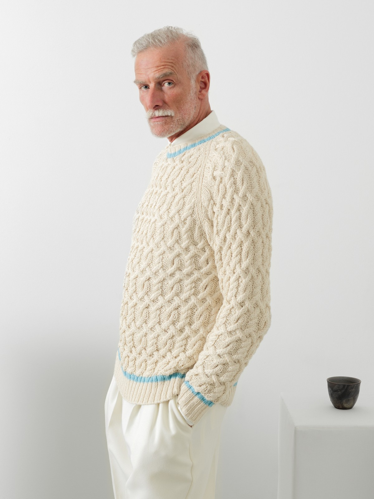 Cables sweater Image