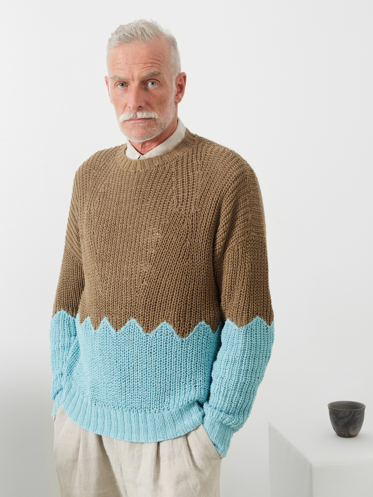 Two tones fisherman sweater Image