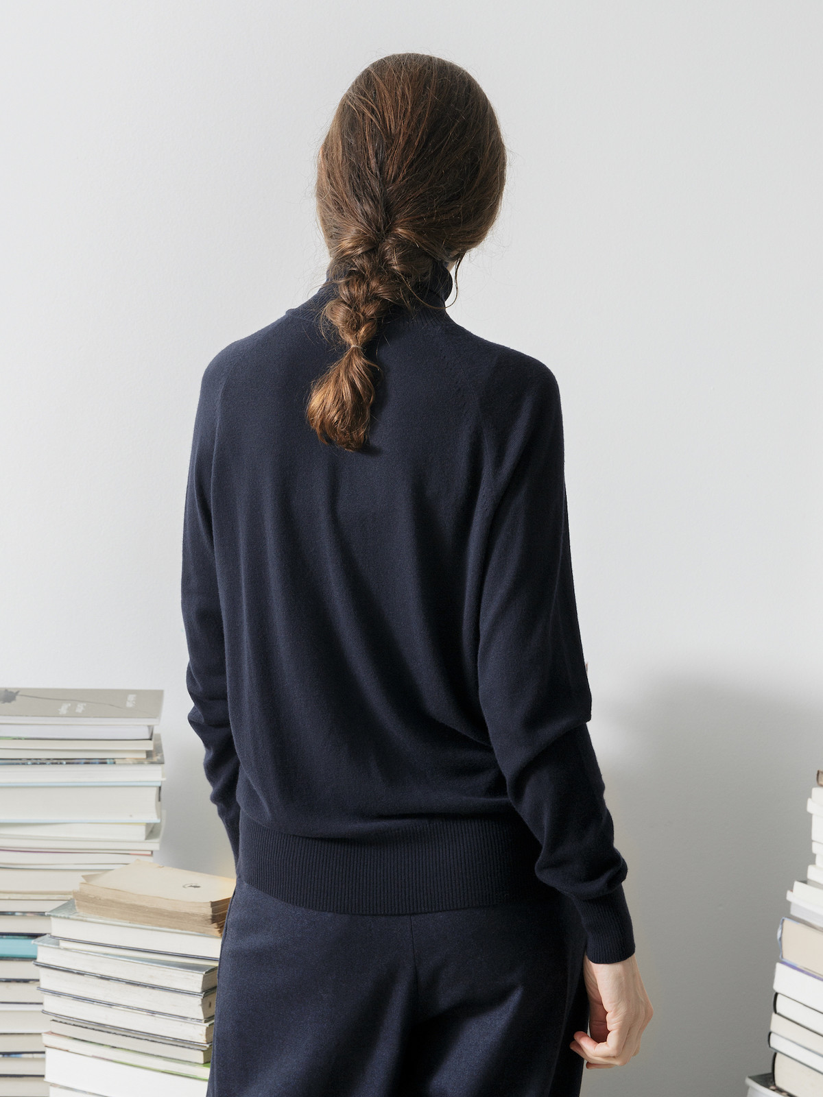 Vicuña roll-neck sweater Image