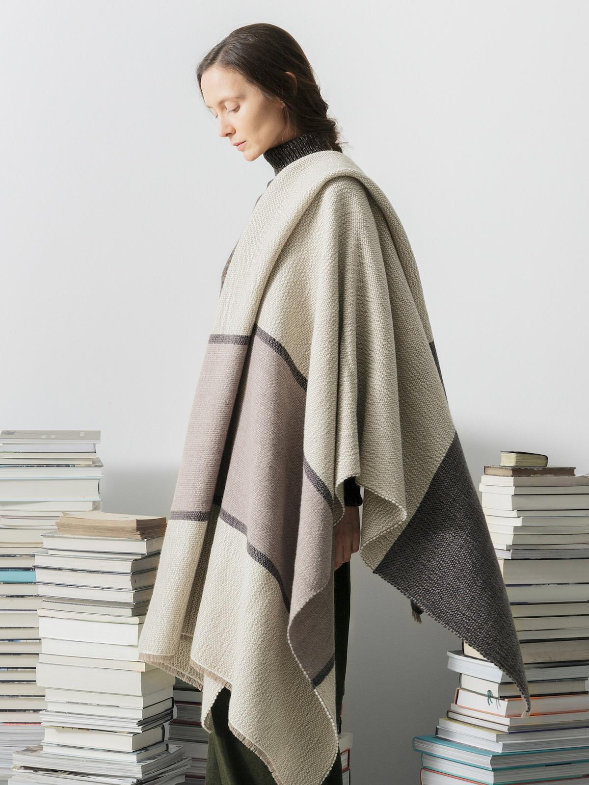 Handloomed blanket